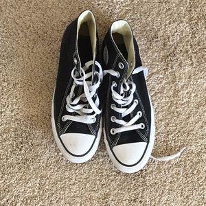 Converse Men's 5.5 women's 7.5 athletic shoes:
